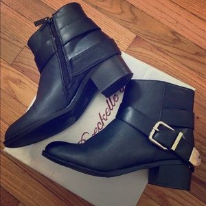 Breckelles Capital-12 Ankle Boots